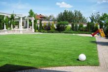 Поддръжка на градини и дворове-1